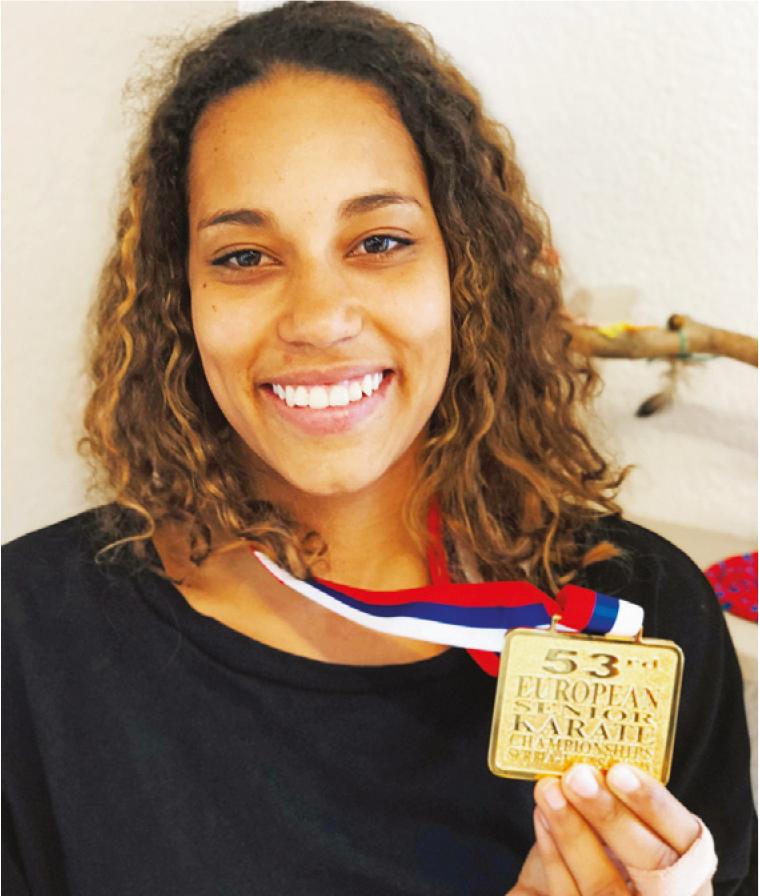 Penthaz – Karaté, médaille d'or décrochée par une éducatrice sociale de la MEP