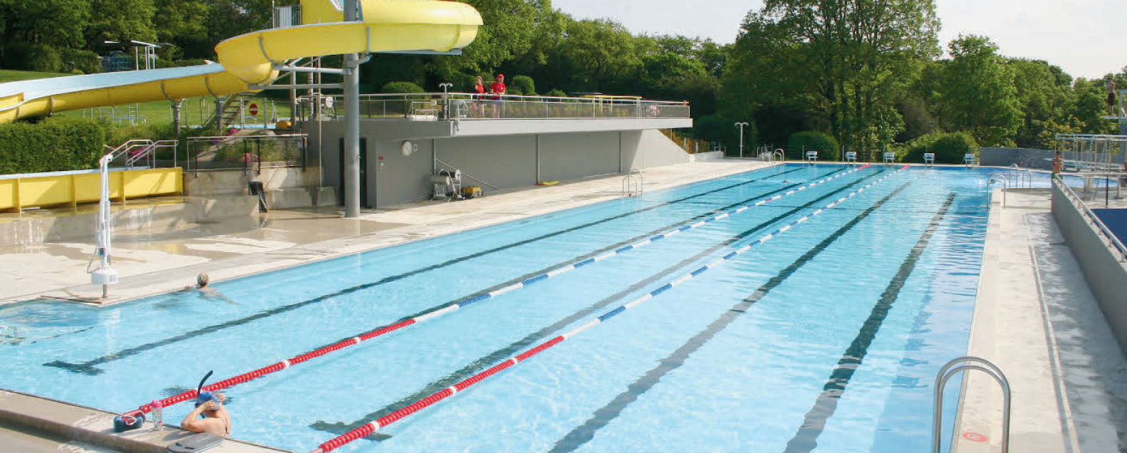 La Sarraz – La piscine est ouverte