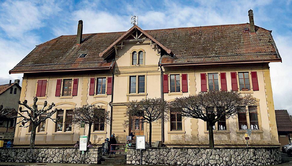 L'école fermera à La Chaux et Chavannes-le-Veyron ; elle reste deux ans encore à Grancy