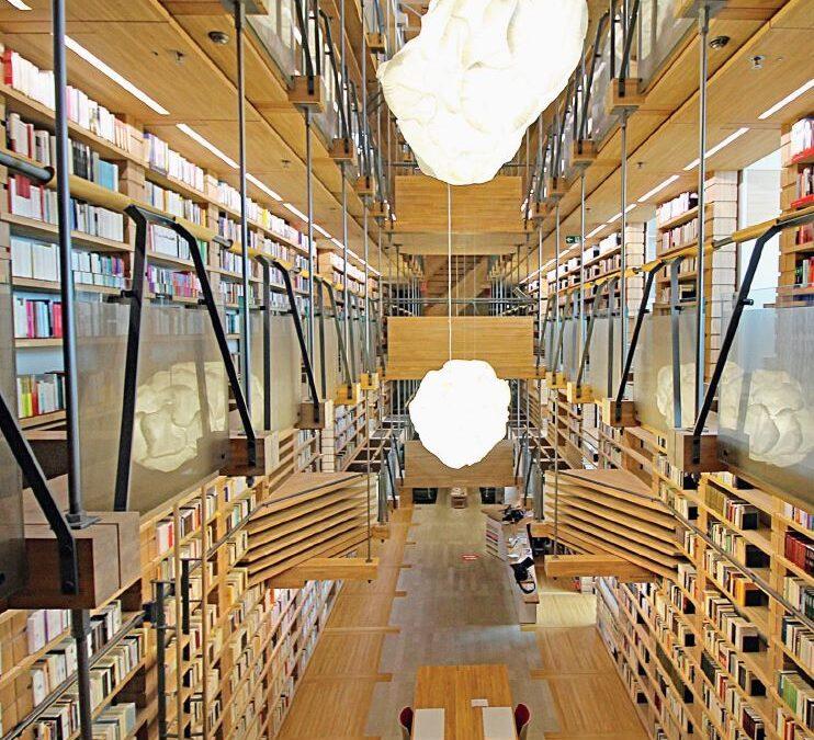 Montricher. Bibliothèque de la Fondation Jan Michalski. L'ivresse de livres est-ce de l'amour ? Oui.
