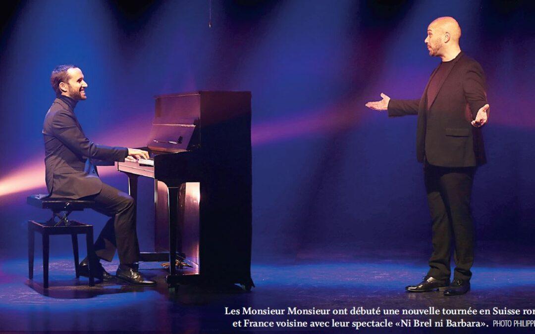 """La Chaux (28.09.21), spectacle """"Ni Brel ni Barbara""""  dans une salle de théâtre au cœur d'un semi-remorque"""